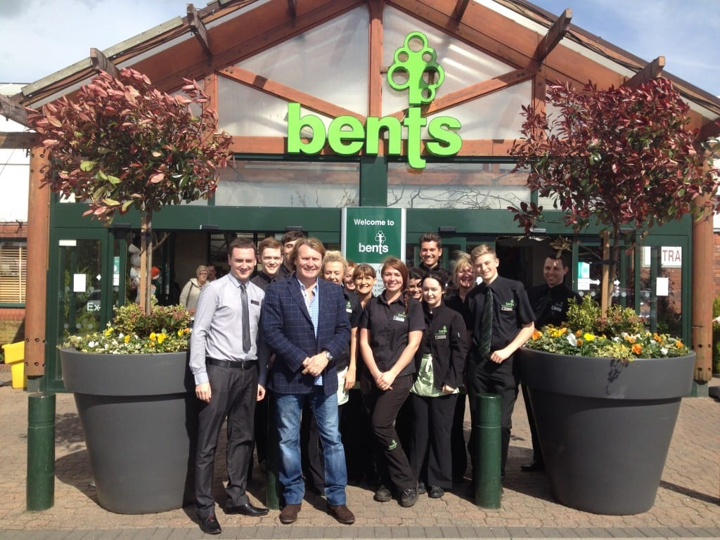 Appearance at bents garden centre with jacuzzi david domoney for Garden centre