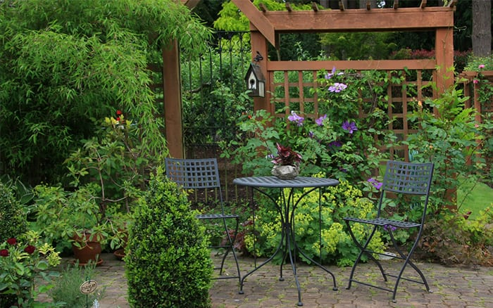 Small Garden Design Ideas   Secluded Seating Areas Are Best For Small  Gardens
