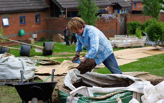 david Domoney digging set of Love your Garden