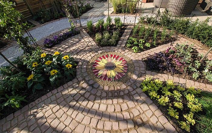David Domoney Love Your Garden ITV Circular patio herb wheel