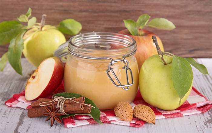 apple-compote and curd is a great way to preserve apples from a glut
