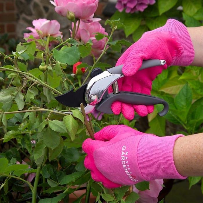 master-gardener-gloves