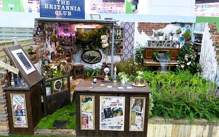 Writtle-College-garden-design-2014 small garden for entertaining