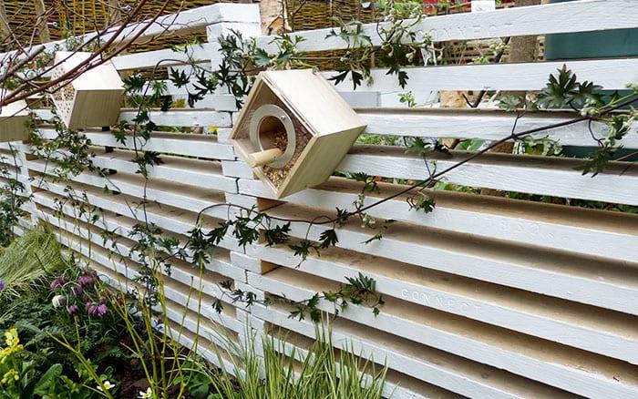 capel-manor-bird-feeders