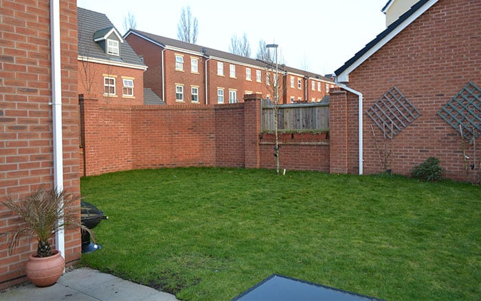 garden-makeover-before-shot-love-your-garden