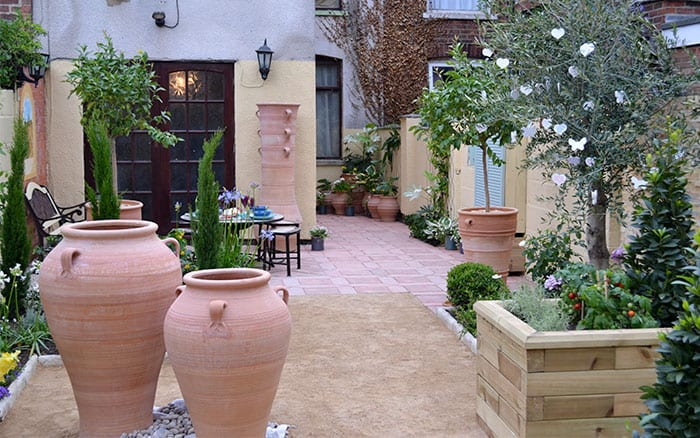 Love your garden episode 6 get the mediterranean look for Love your garden designs