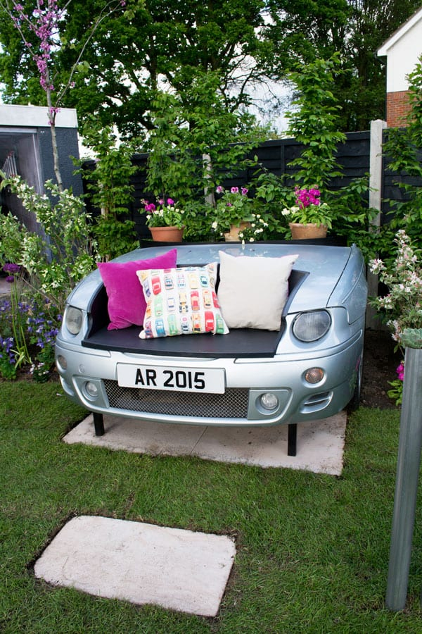 love-your-garden-car-seat-garden-for-car-enthusiast-car-bonnet-bench