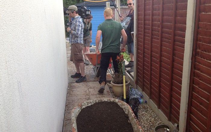 18-behind-the-scenes-love-your-garden-alleyway