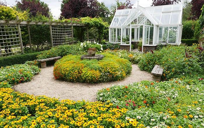 capel-manor-gardens-greenhouse