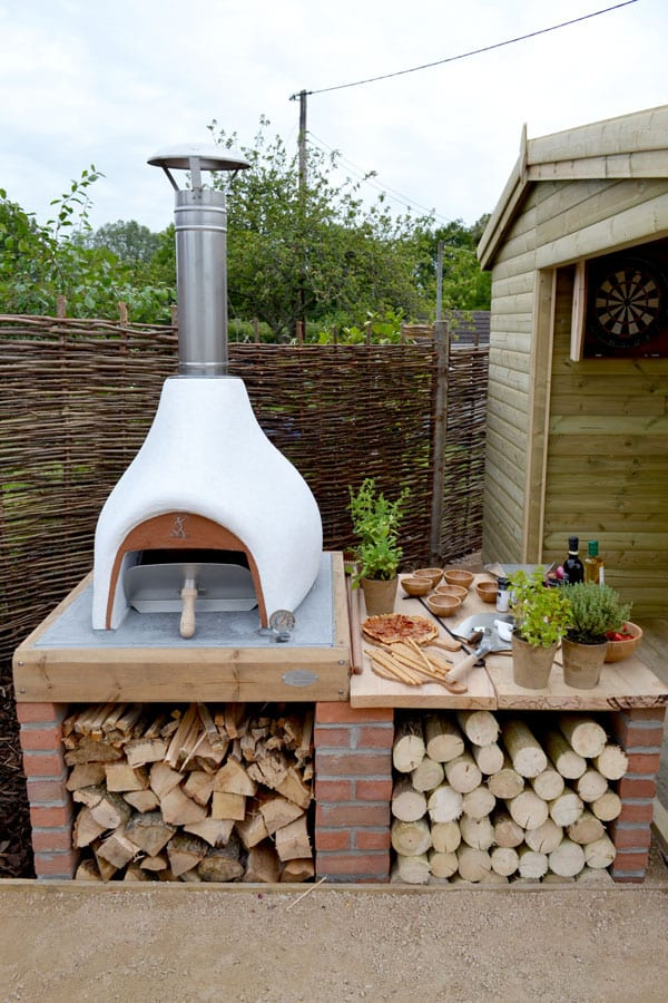 outdoor-kitchen-pizza-oven-love-your-garden