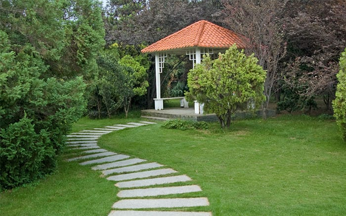 gazebo-build-a-garden-feature