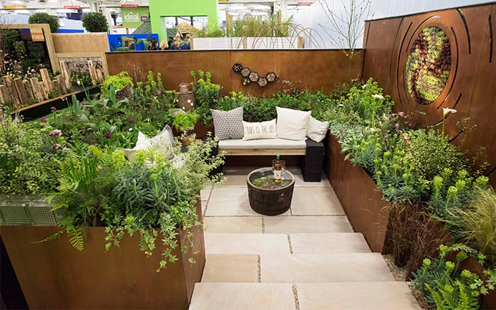 Best small garden design ideas from the Young Gardeners ... on Small Garden Sitting Area Ideas id=85369
