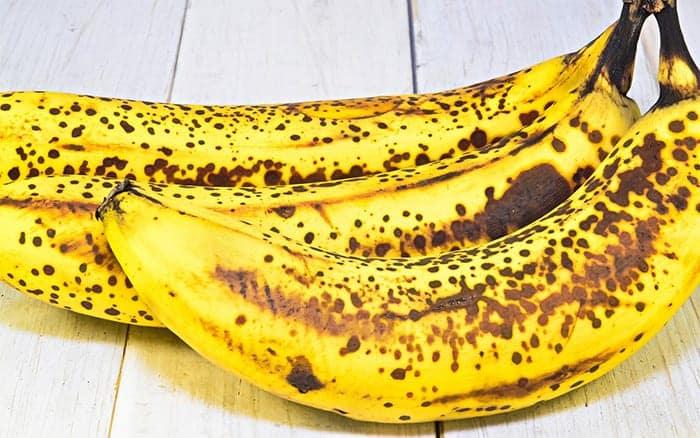 bananas-potassium-for-roses-cheap-gardening-tips