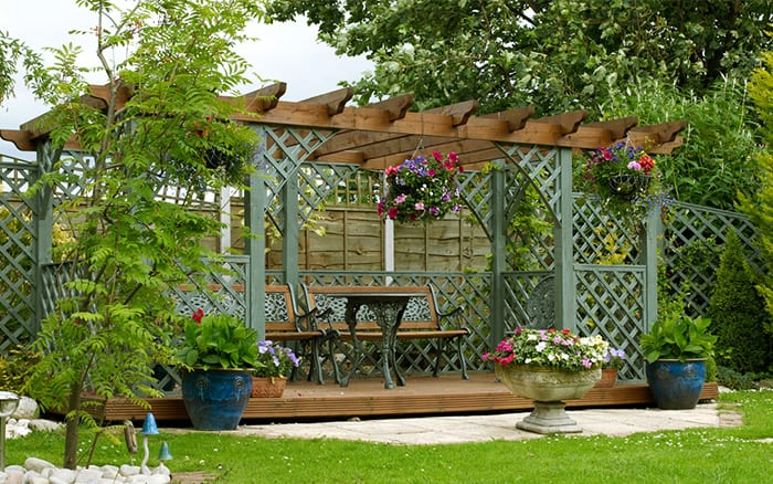 pergola-over-a-seating-area-garden-design-for-privacy