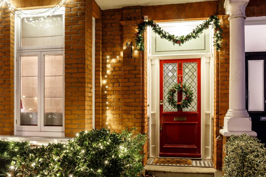 lights-at-christmas-london