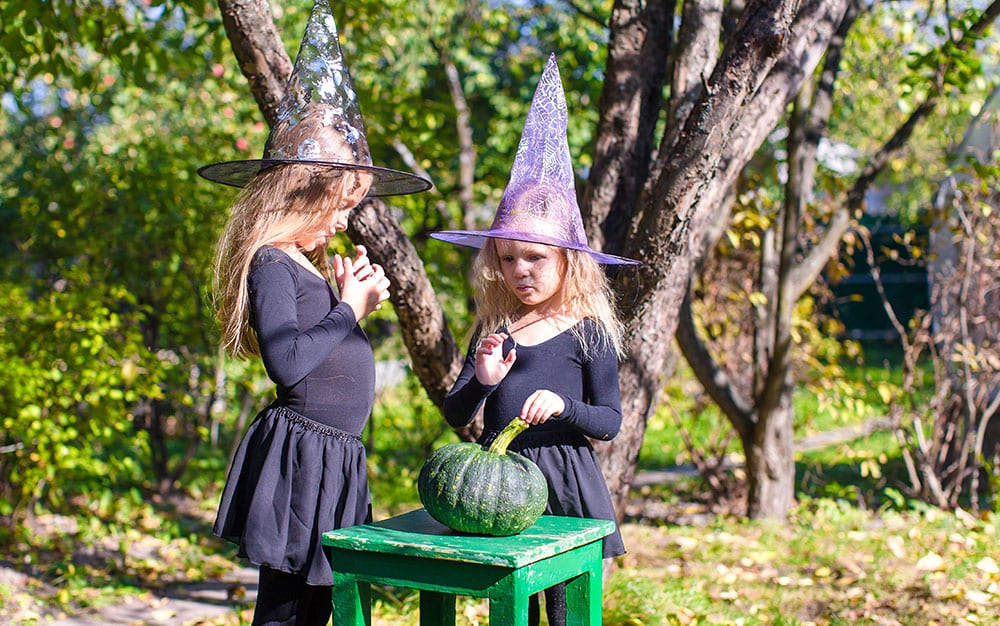 two-girls-witches-hat