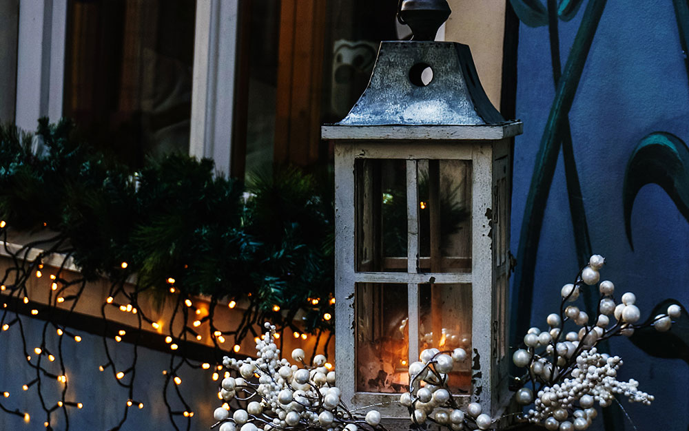 window-box-lights