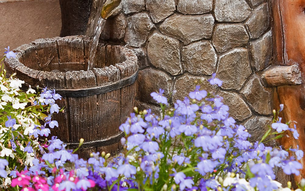 bucket-water-fountain