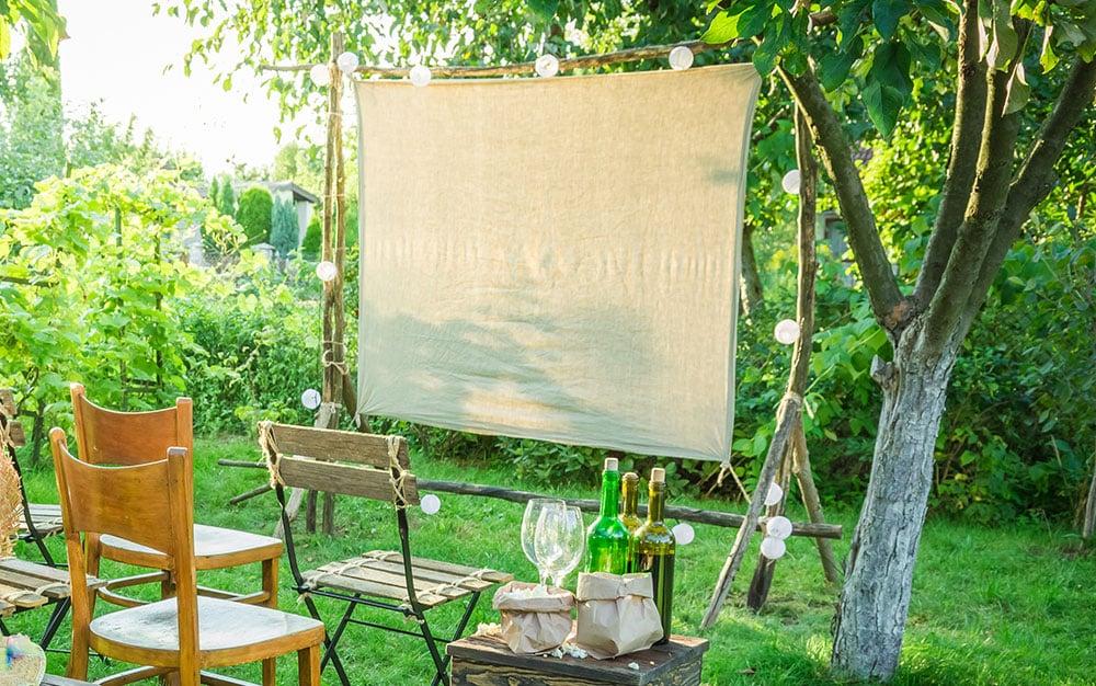 outdoor-screen