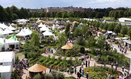 Hampton Court Palace Flow