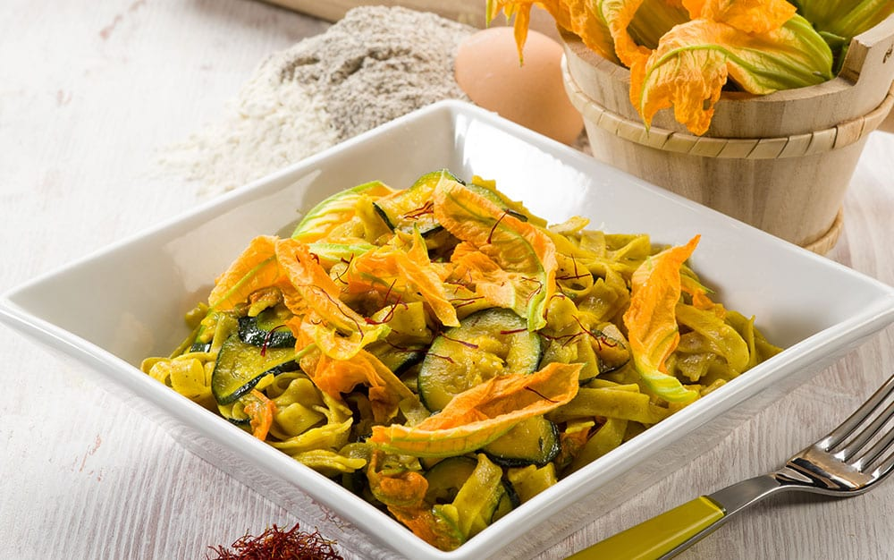Courgette-flower-pasta