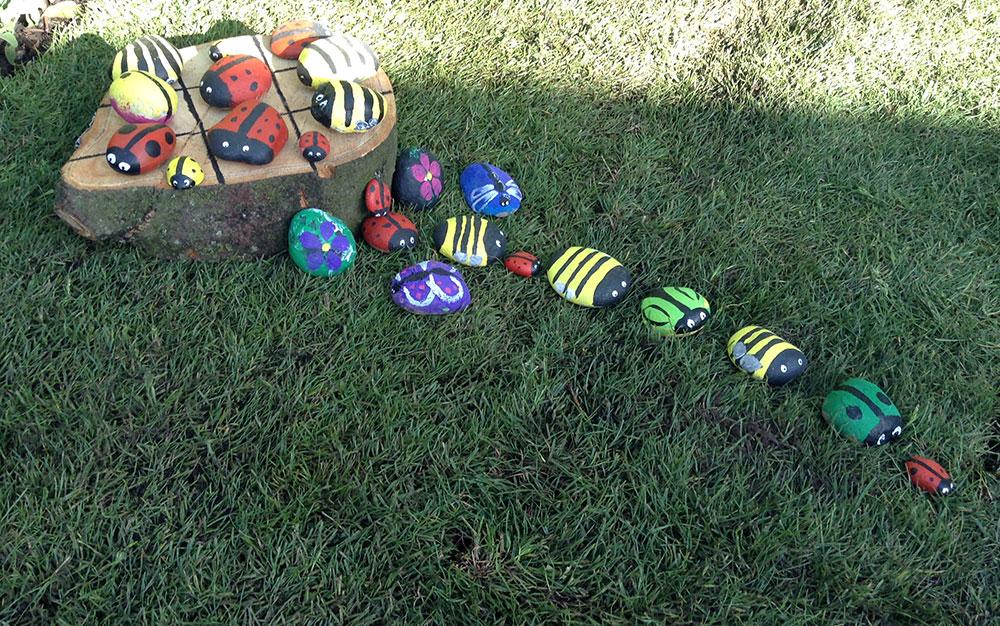 Kids-garden-stone-game
