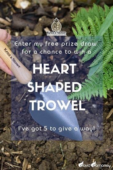 Kent & Stowe Heart Shaped Trowel Prize Draw